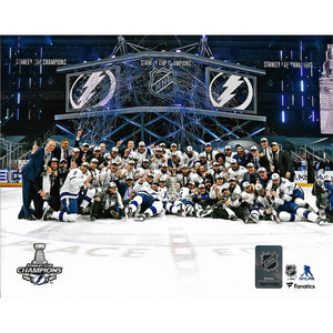 2020 Stanley Cup - Tampa Bay Lightning 8X10 Team Photo w/Cup