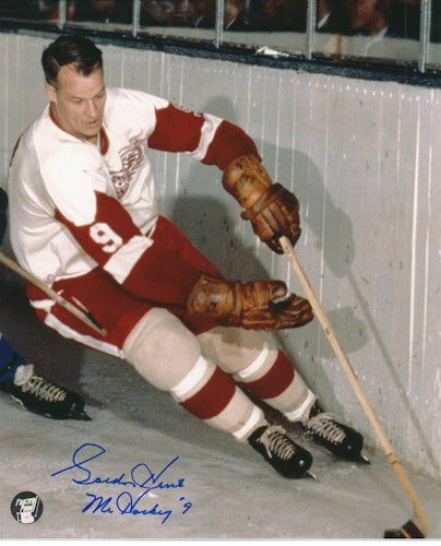 Gordie Howe (deceased) Autographed Detroit Red Wings 16X20 Photo