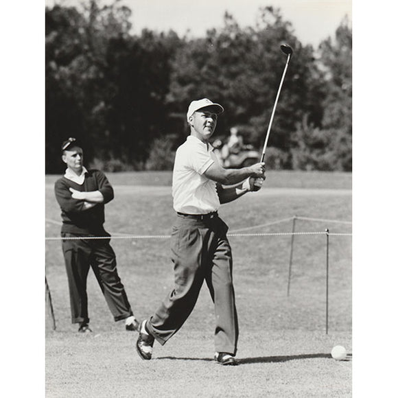 Arnold Palmer Unsigned 8X10 Photo (B+W)