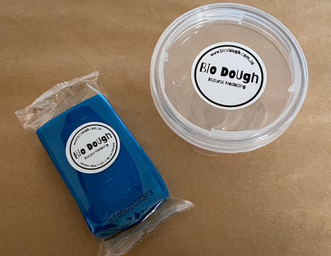Blue Blueberry Bio Dough + Lock & Stack Container
