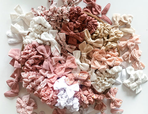Mini Scrunchies - Peach Dotty