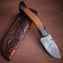 Load image into Gallery viewer, Handcrafted Custom Knife, Hand Forged and made in the tradition of the American Old West. Prairiewind Knives USA - Prairiewind Tradegoods