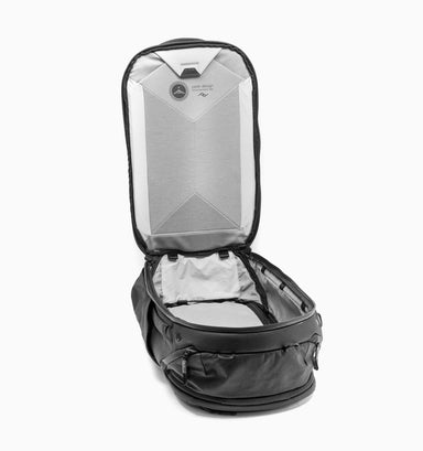 "Peak Design Travel 16"" Laptop Backpack 45L - Black"