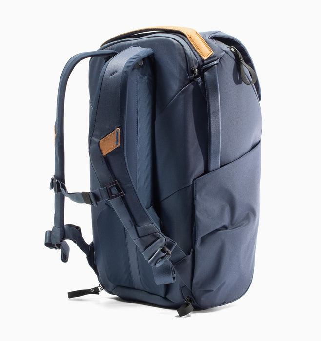 "Peak Design Everyday 16"" Laptop DSLR Backpack 30L V2 - Midnight"