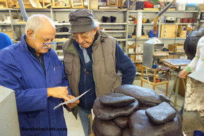 Italian foundrymen confer on best approach to bronze casting foundry in Pietrasanta