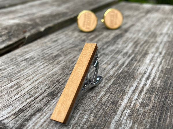 Set Cufflinks and Tie clip