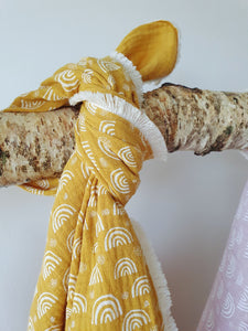 Muslin Baby Set Yellow with White Rainbows