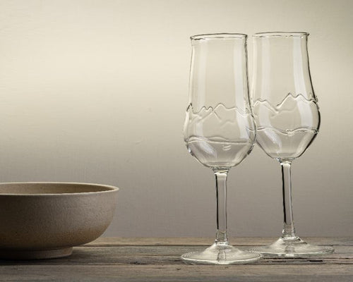 Handblown prosecco glass with mountain design