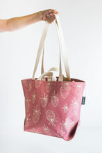 Load image into Gallery viewer, Berry Tote - In Sienna