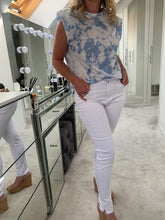 Load image into Gallery viewer, Lucinda Skinny Stretch Jeans - White