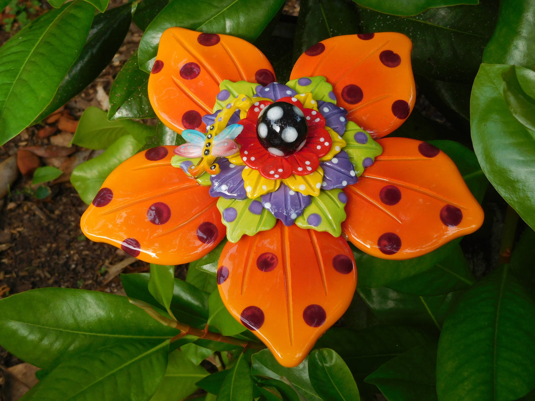 Large Pointy End Orange Flower w/dragonfly