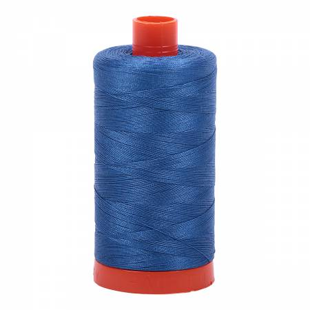 Delft Blue 2730 - Aurifil Thread