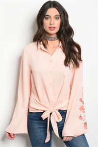 Top Coral con Bordado de Flores