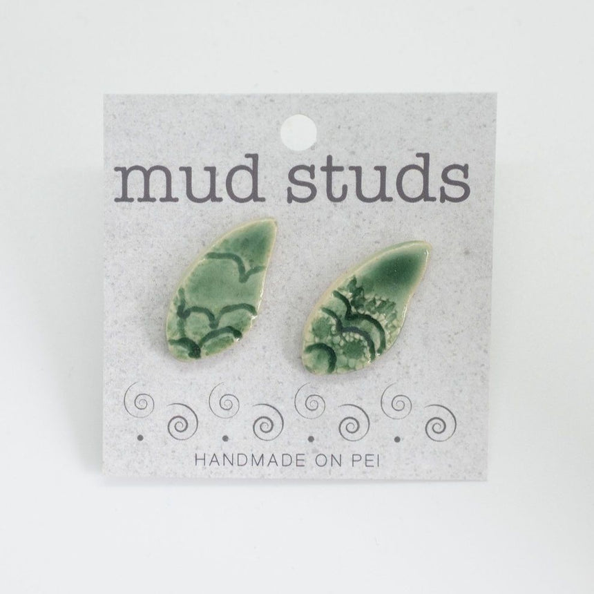 Lacey Leaves Mud Studs