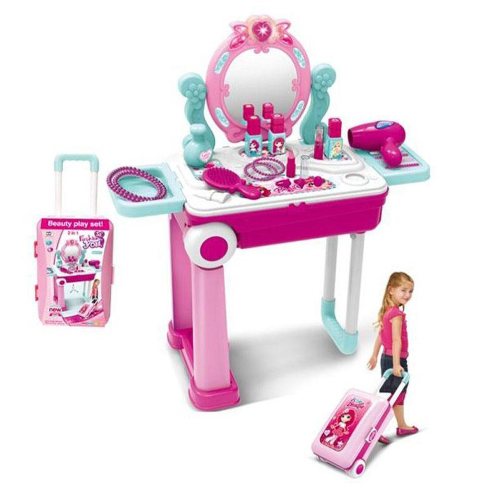 2 in 1 Beauty Play Set.