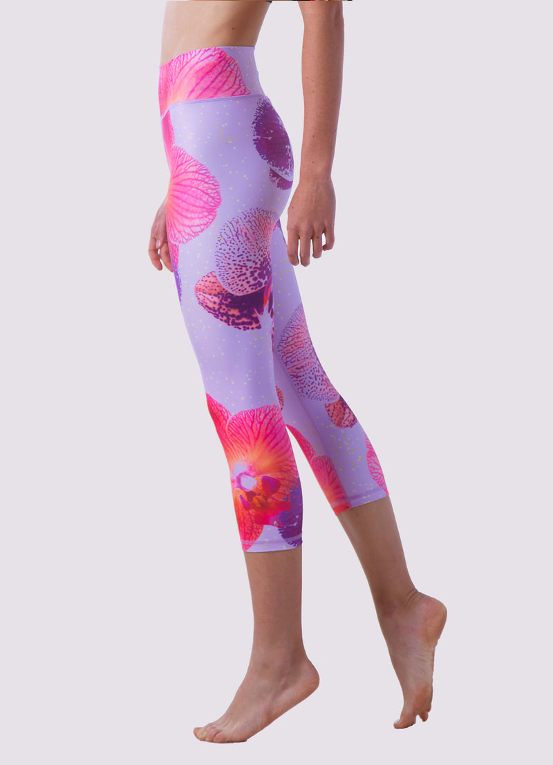 Alicia Capris Leggings - OHSOSOM | Yoga Clothing & Accessories