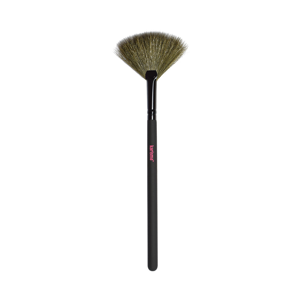 Karisma Make-up Fan Brush