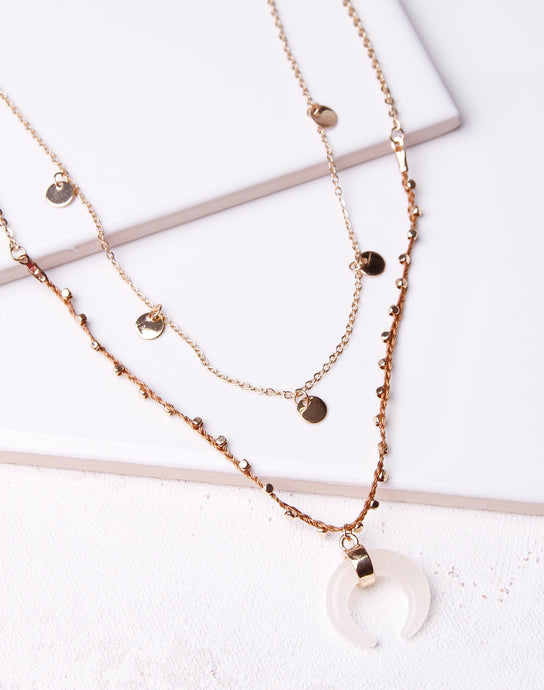 Horn Pendant Disc Layer Necklace- Gold