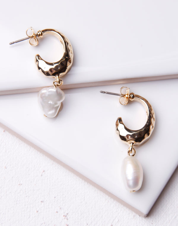 Hammered Oval & Pearl Hoop Stud- Gold
