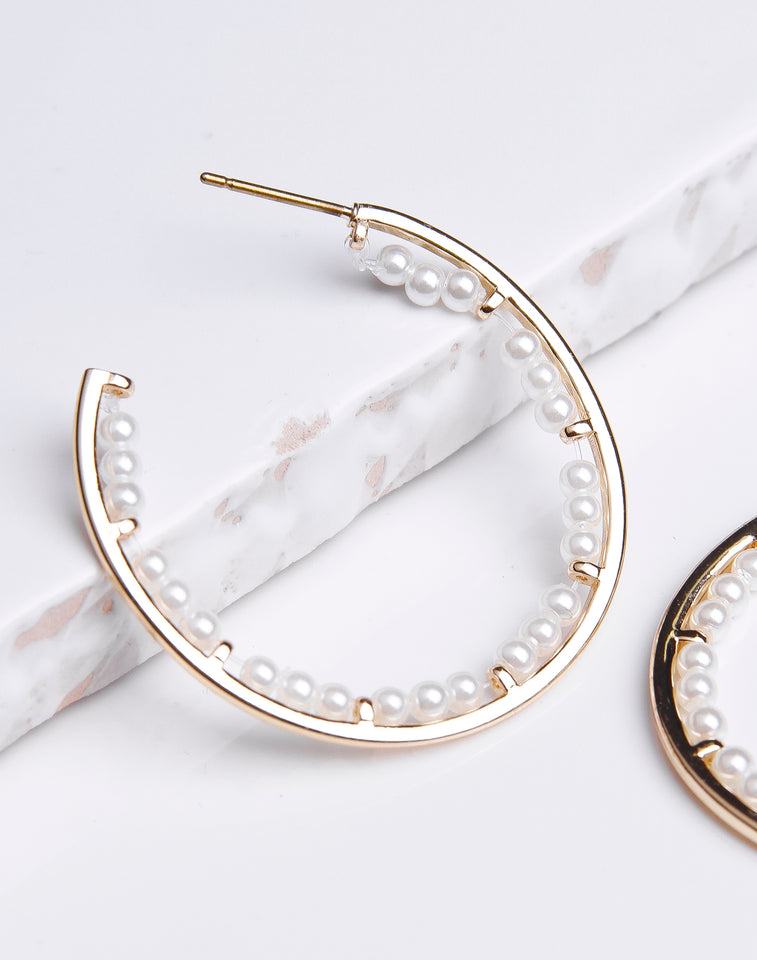 Small Pearl Lined Gold Hoop