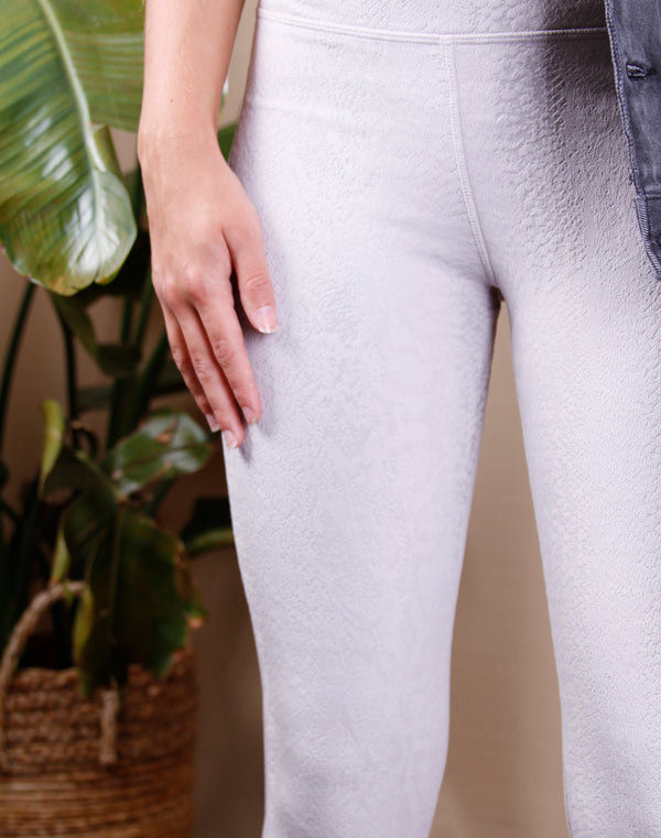 Eden Textured Snake Legging