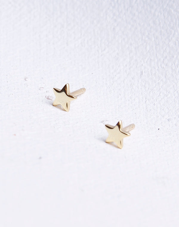 Simple Star Stud