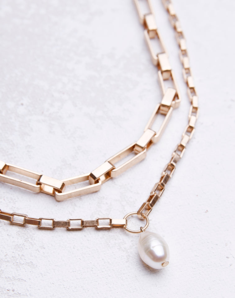 Worn Link Layered Pearl Necklace - Gold