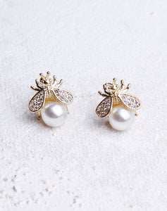 Bee With Crystal Pearl Stud - Gold