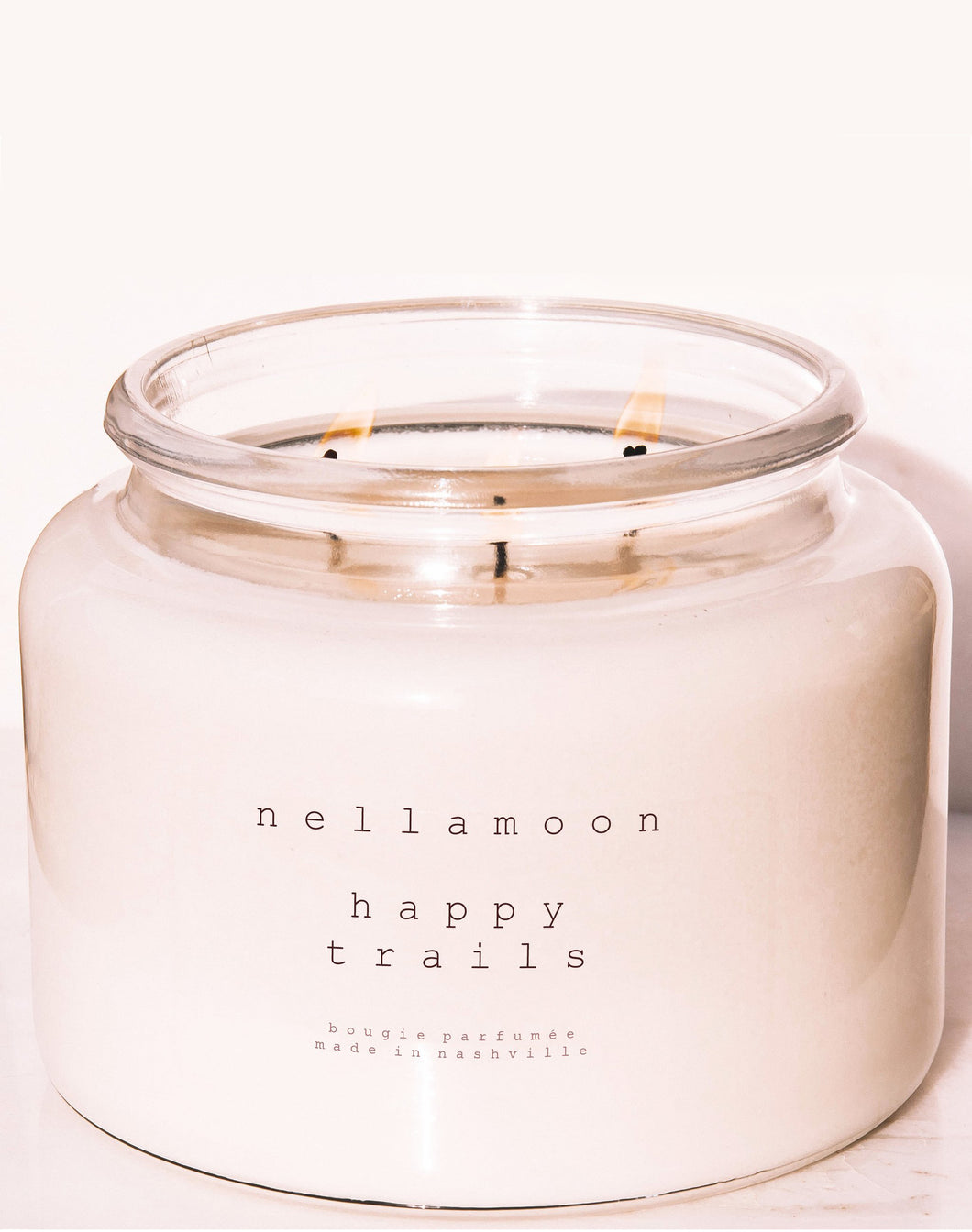 Happy Trails: Rich Woody Notes, Amber, Oakmoss 48 oz Candle