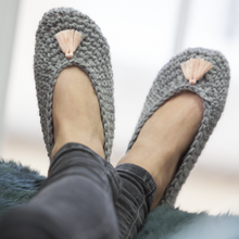 Load image into Gallery viewer, Make Crochet Slippers Craft Kit