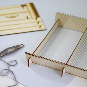 Wooden Pop-up Weaving Loom