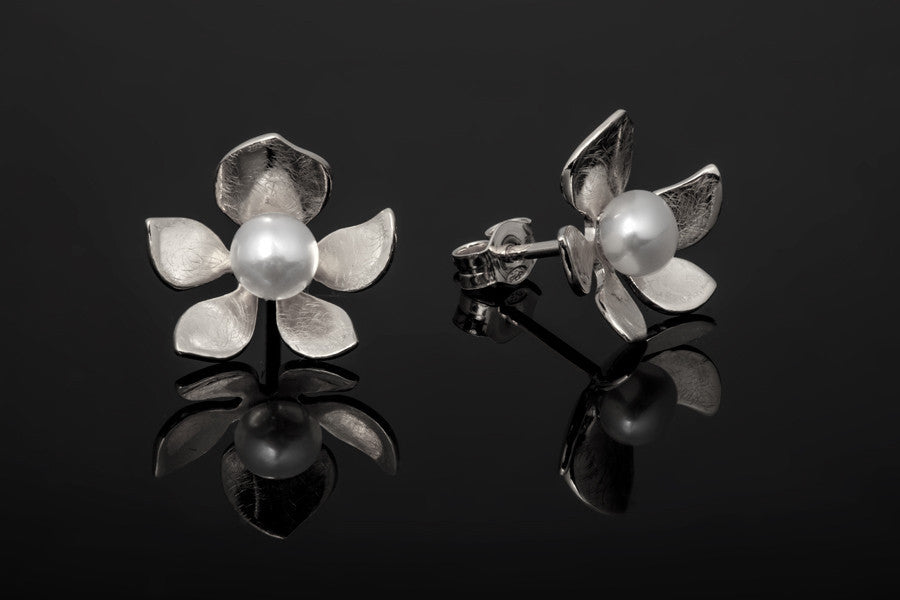 Tropical Flower Stud Earrings - Silver with White Pearls