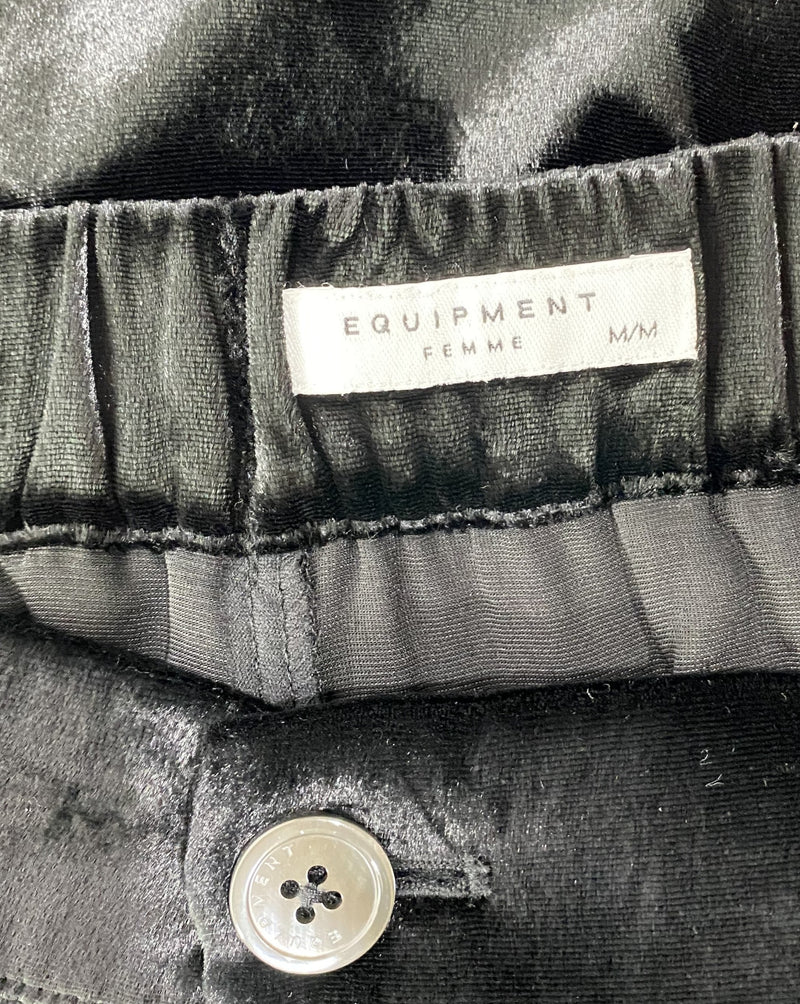 Equipment Size M *NEW* Pants