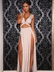 shinenows.com: Sexy deep V-dress long skirt