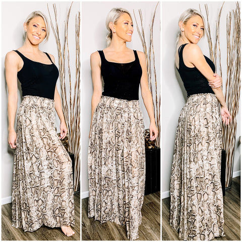 SNAKE PLEATED PANT SKIRT - WEAR JOY PROJECT