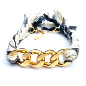 GOLD CHAIN BRACELET WITH GRAY AND WHITE BRAID