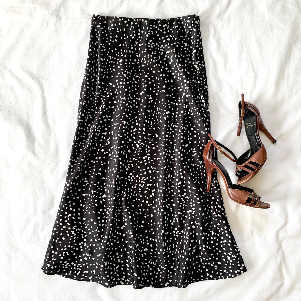 FORGET TO FORGET - BLACK POKA DOT SKIRT