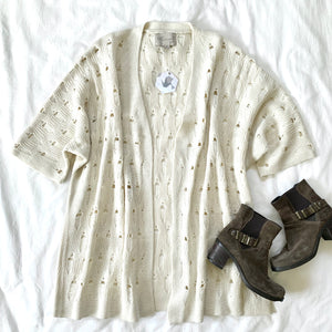CATCHING THE SUNSET - CREAM KNIT PONCHO