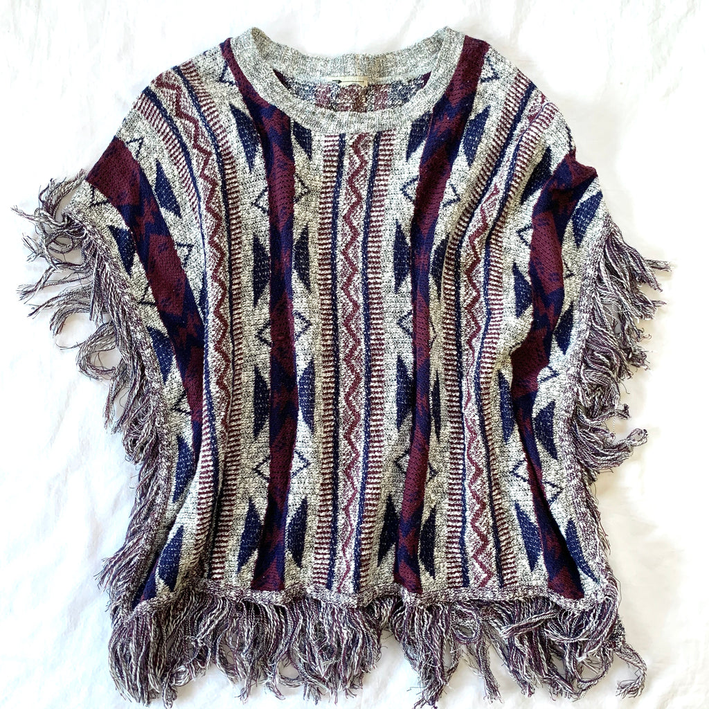 GRAY MAROON AND BLUE SHORT-SLEEVE PONCHO TOP (RESALE)