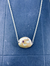Load image into Gallery viewer, Gem Stud Pearl Slide Necklace