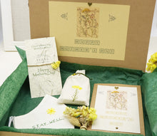 Load image into Gallery viewer, Immortal Flower Gift Box Set - Verna Artisan Works