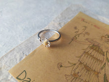 Load image into Gallery viewer, Daisy Adjustable Silver Ring - Verna Artisan Works