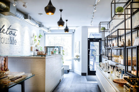 One-on-one in-store shopping - Toronto - Yorkville