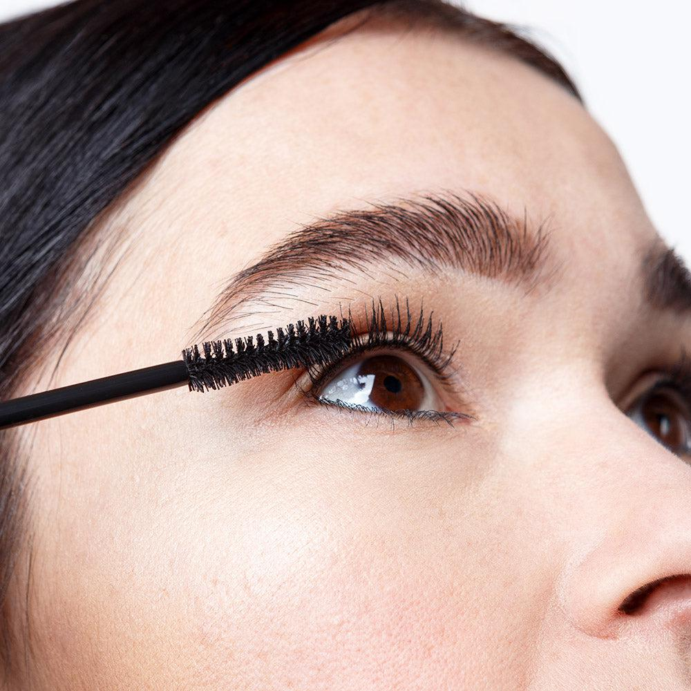 Expressionist Volumizing Mascara