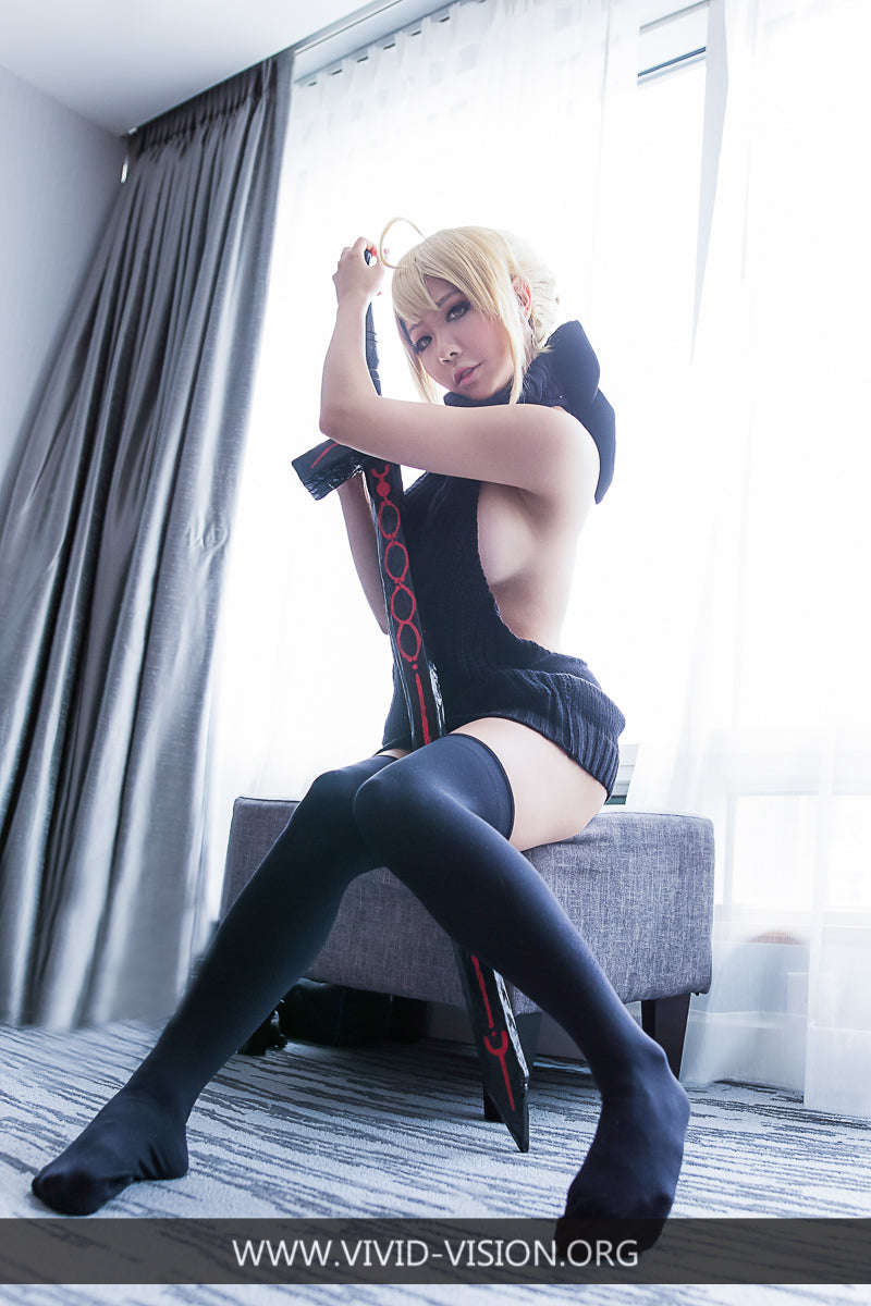 Fate GO - Saber Virgin Killer Sweater (11 HD Photos)