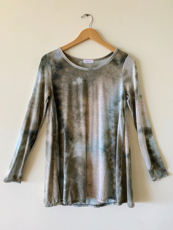 Tie Dye Long Sleeve Crew Neck (2 colors)