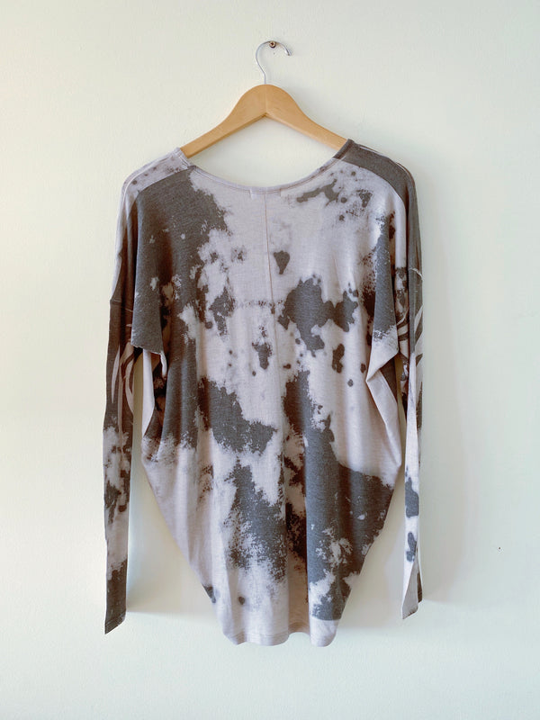 Sublimated V Neck Long Sleeve Top