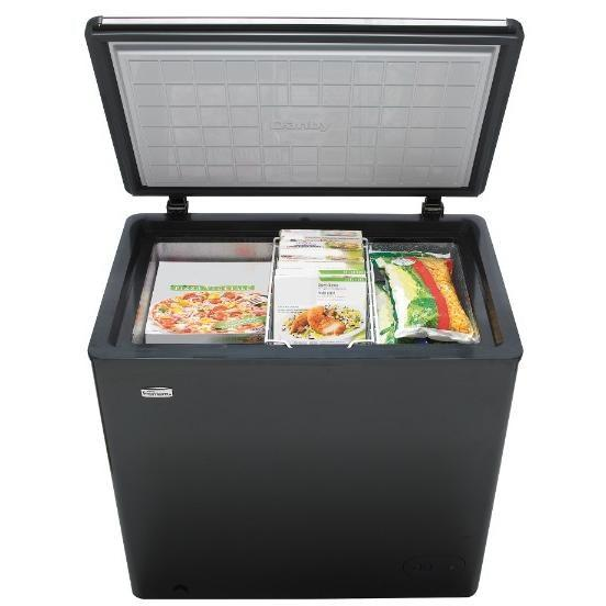 Danby 33 inch 5.5 Cu.ft. Chest Freezer in Black-DCF055A2BP