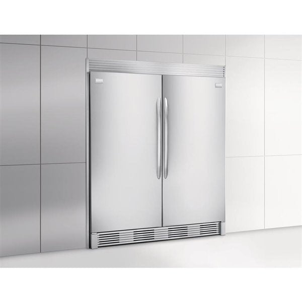 Frigidaire Gallery 32-in 18.6-cu ft Frost-Free Upright Freezer - FGFU19F6QF