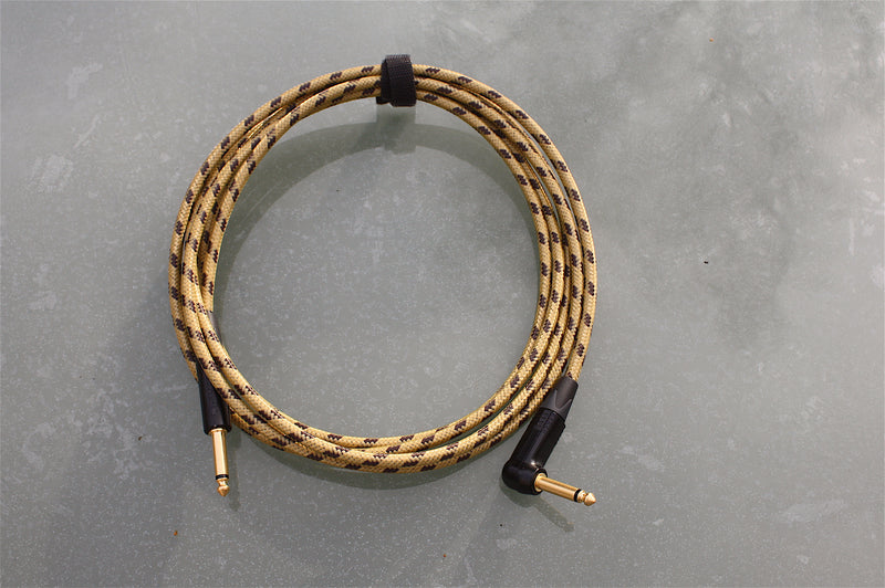 Custom sommer classique & neutrik tweed guitar lead, with various lengths with straight and angled jack plugs.